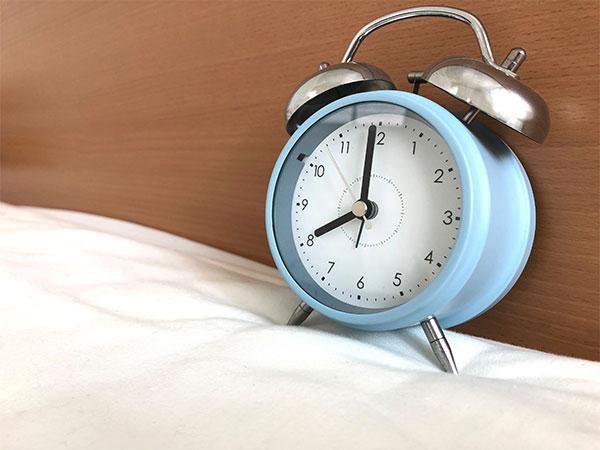 早寝・早起き・朝ごはん